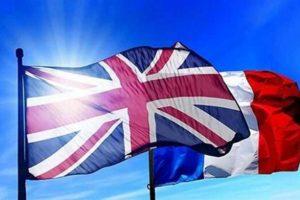 علم بريطانيا و روسيا