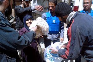 مساعدات الأونروا للفلسطينيين